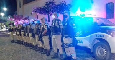 Polícia Militar fiscaliza o cumprimento de decreto municipal e realiza Operação Toque de Recolher