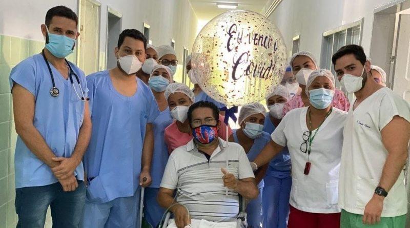 Família faz carreata para paciente que venceu a Covid-19 em Jacobina